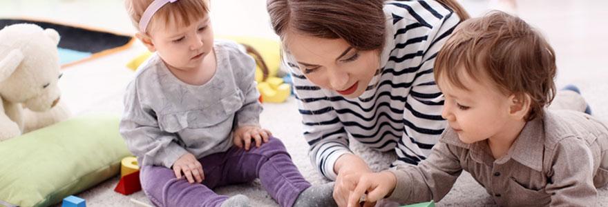 Garde d'enfants en langues étrangères